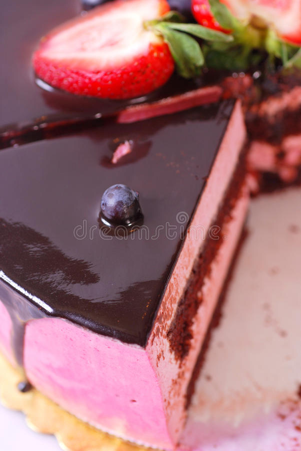 Download Raspberry Creme Chocolate Cake Stock Image - Image of chocolate, fresh: 9670749