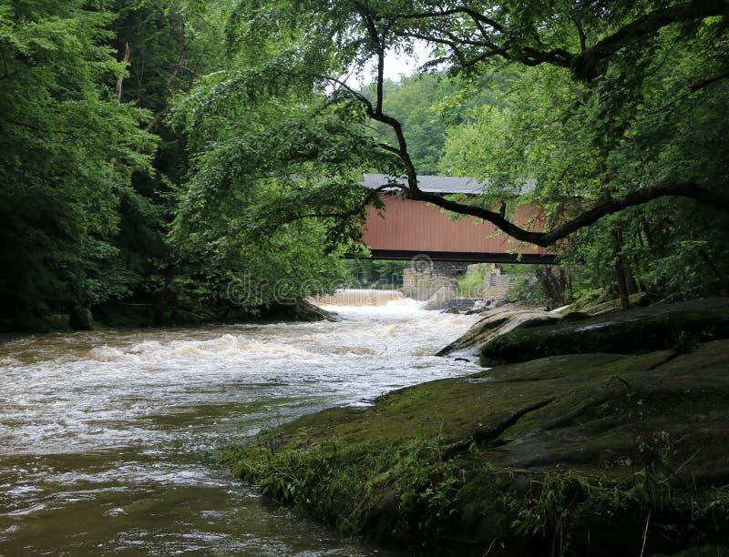 Rastro de Kildo - parque de estado del molino de McConnells - Portersville, Pennsylvania imagen de archivo libre de regalías