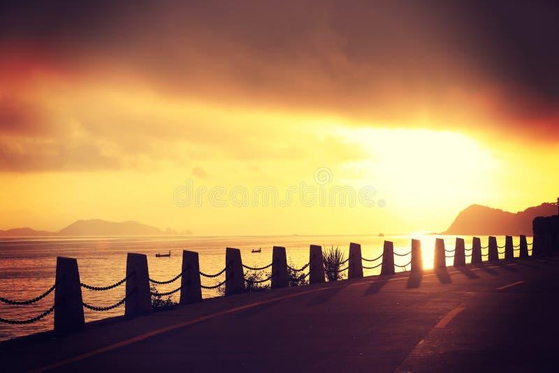 Download Rastro De La Playa En La Sol Foto de archivo - Imagen de línea, sunlight: 64201600