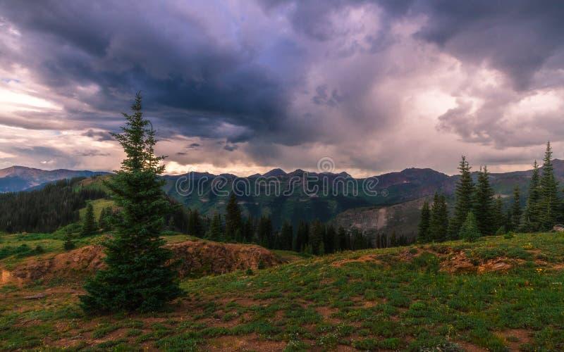 Rastro de montaña 403 fotos de archivo libres de regalías