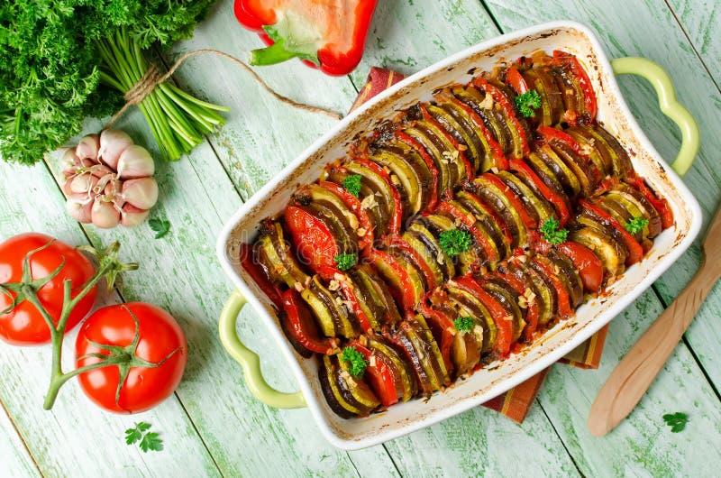 Ratatouille - lagad mat traditionell maträtt för franskaProvencal grönsak royaltyfri fotografi