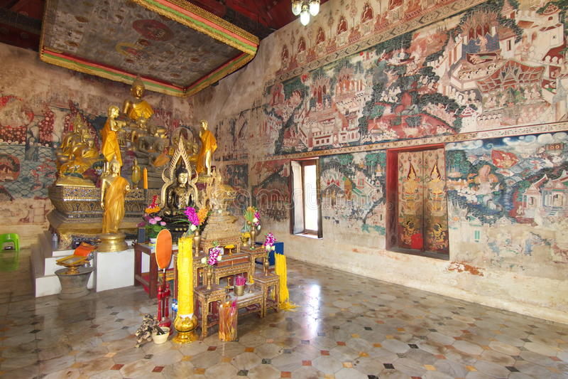 RATCHABURI, THAÏLANDE - 1er janvier : Peinture murale antique thaïlandaise image stock