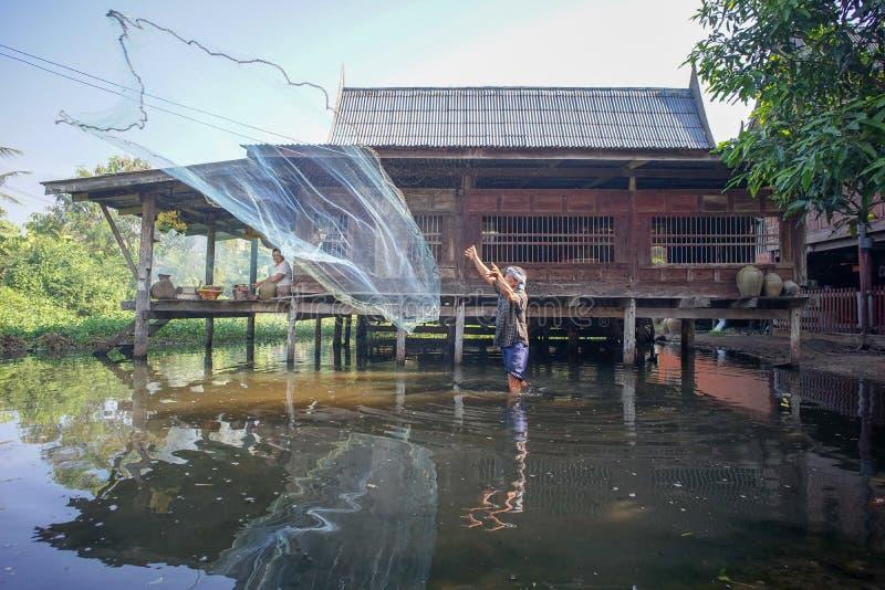 Ratchaburi, Thaïlande : Novembre 25,2018 - mode de vie des gens thaïlandais photo libre de droits