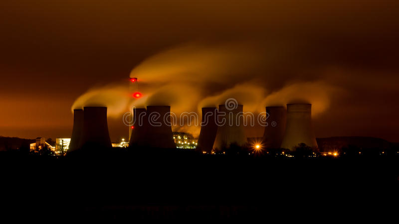 Download Ratcliffe-on-Soar Power Station Stock Photos - Image: 28131053