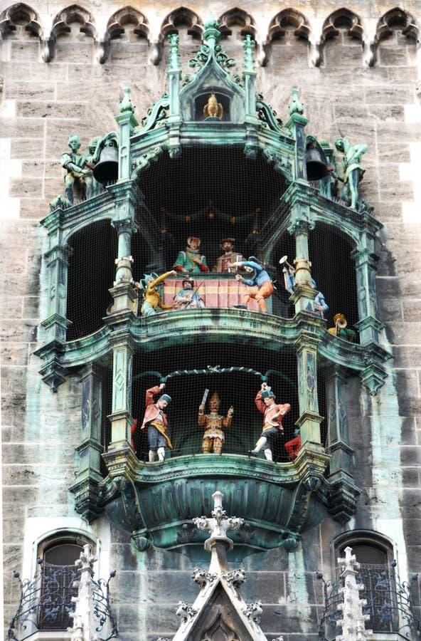 Rathaus-Glockenspiel van München in Marienplatz, Beieren, Duitsland royalty-vrije stock afbeeldingen