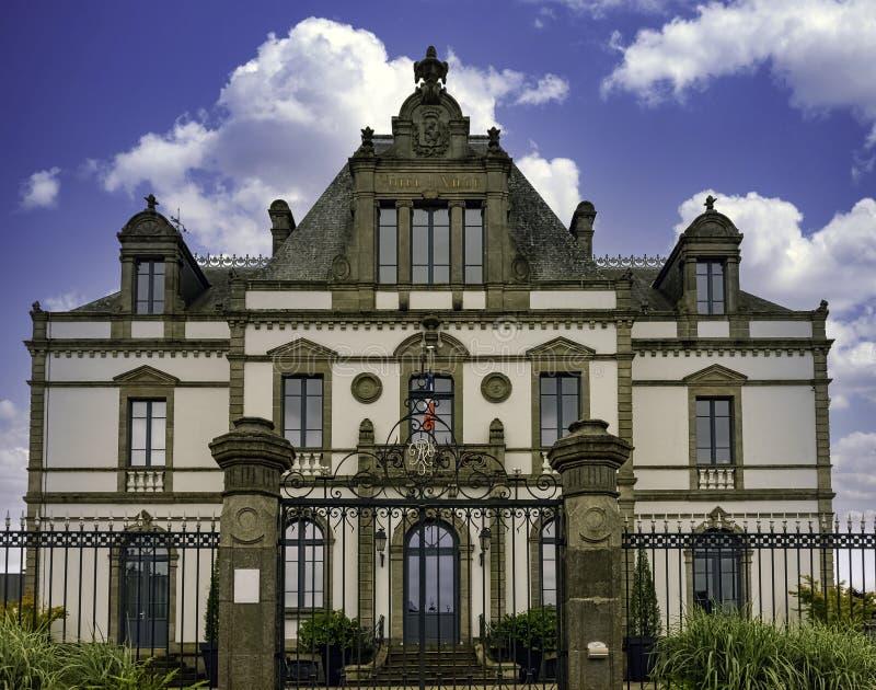 Rathaus in Ploermel, Bretagne, Frankreich lizenzfreies stockfoto