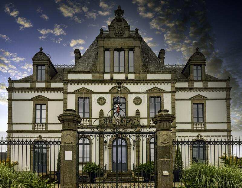 Rathaus in Ploermel, Bretagne, Frankreich stockfotografie