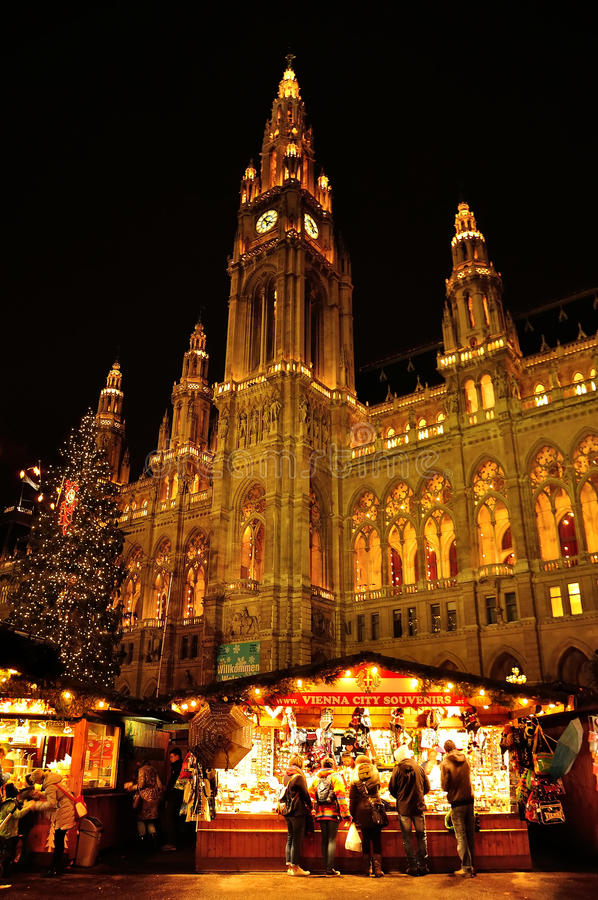 Rathaus town hall with Christmas market, Vienna, Austria stock image