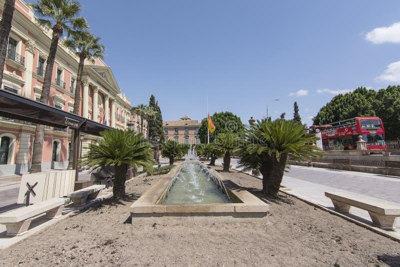Rathaus und Brunnen in Murcia, Spanien stockfoto