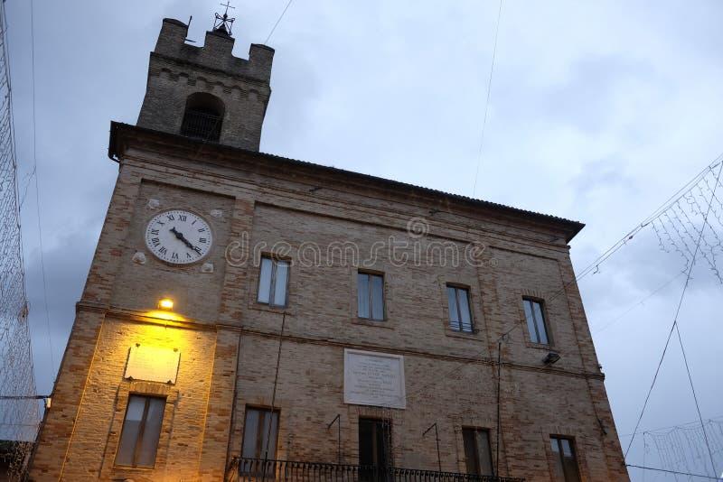 Rathaus von castelfidardo stockbilder