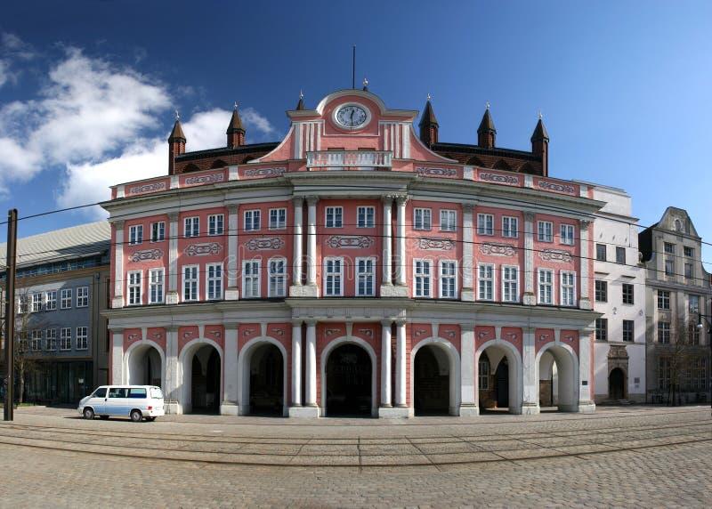 Rathaus von Rostock lizenzfreies stockbild