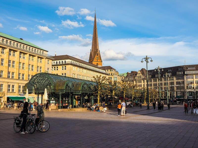 Rathausmarkt kwadrat w Hamburskim hdr fotografia royalty free