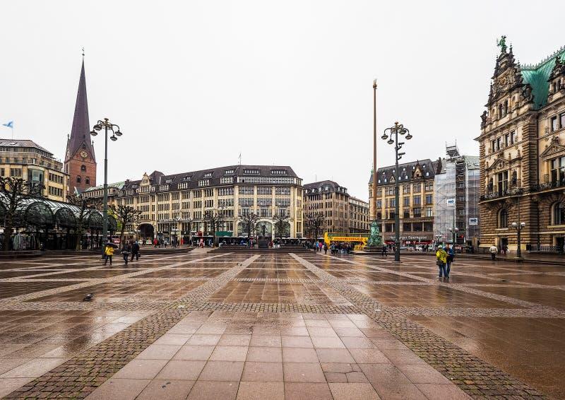 Rathausmarkt kwadrat w Hamburskim hdr obrazy royalty free