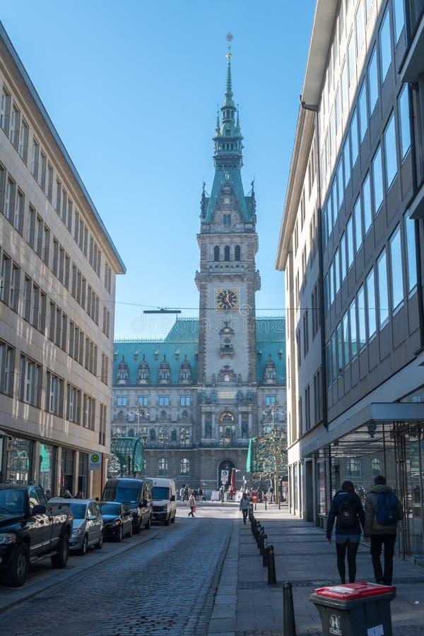 Rathaustoren van het Stadhuis van Hamburg stock foto's