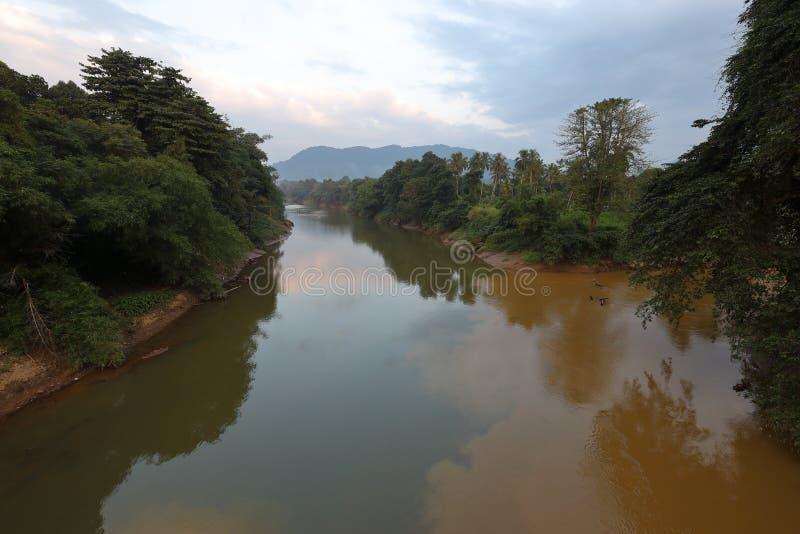 Ratnapura的河Kalu在斯里兰卡 免版税库存图片