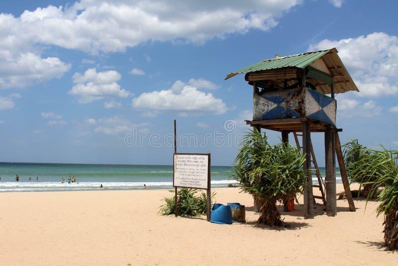 Ratownik chałupa Nilaveli plaża w Trincomalee zdjęcie stock