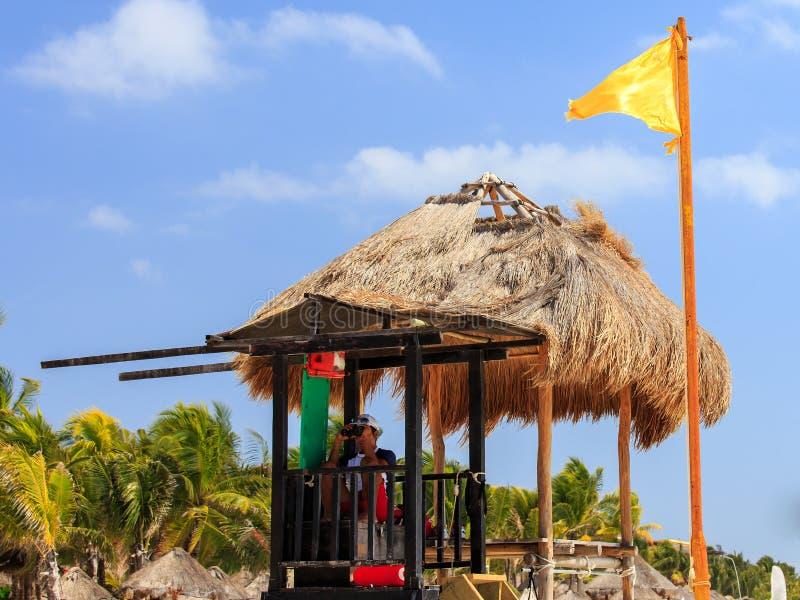 Ratownik na plaży zdjęcie royalty free