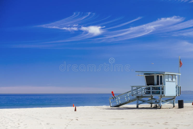 Ratownik stacja z flaga amerykańską na Hermosa plaży, instagram zdjęcia stock