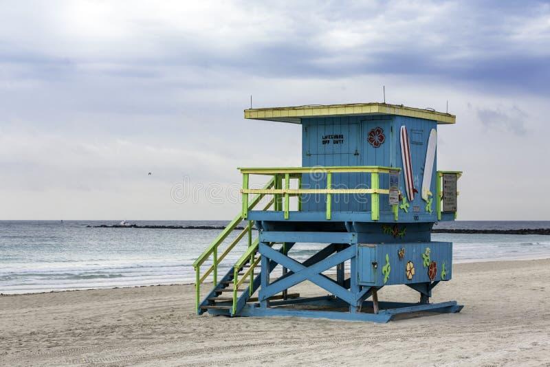 Ratownika wierza w południe plaży, Miami fotografia stock