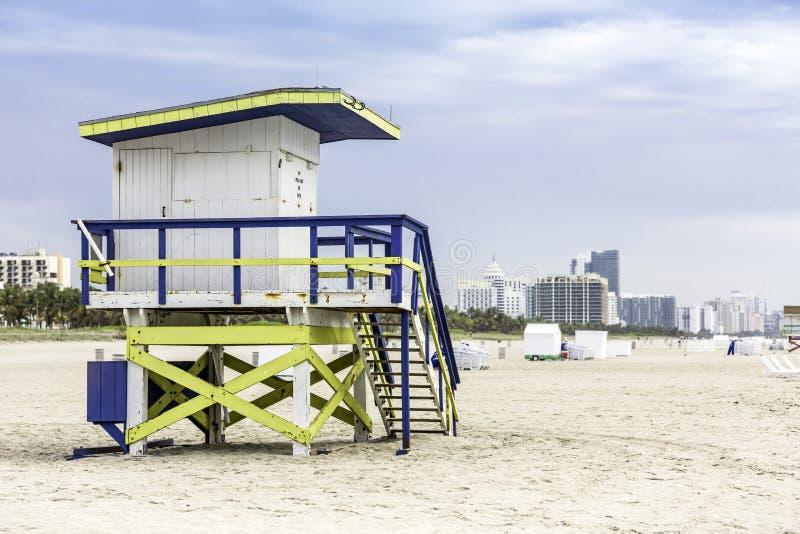 Ratownika wierza w południe plaży, Miami obrazy royalty free