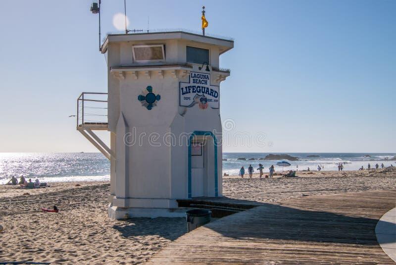 Ratownika wierza zobaczył przy laguna beach obraz royalty free