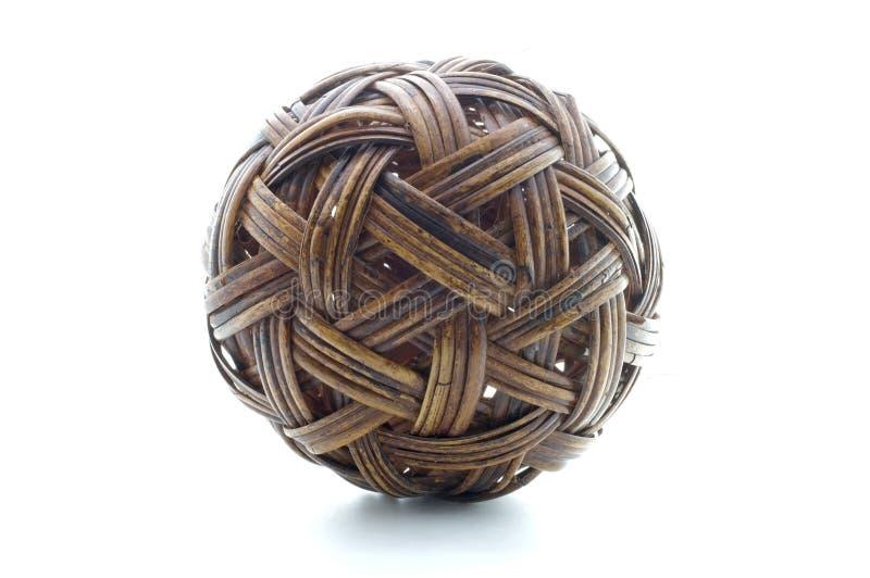 Download Rattan Piłka, Bambusowa Piłka Obraz Stock - Obraz złożonej z brąz, dekoruje: 53779555