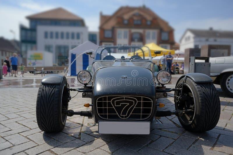 RATZEBURG, ALEMANIA - 2 DE JUNIO DE 2019: Lotus Super 7 es un coche de deportes de parte superior abierta biplaza ligero, un auto fotos de archivo libres de regalías