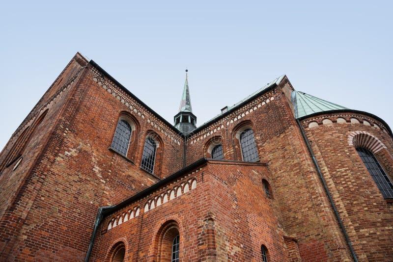 Ratzeburg dom, zadek katedra z grani wieżyczką ja fotografia royalty free