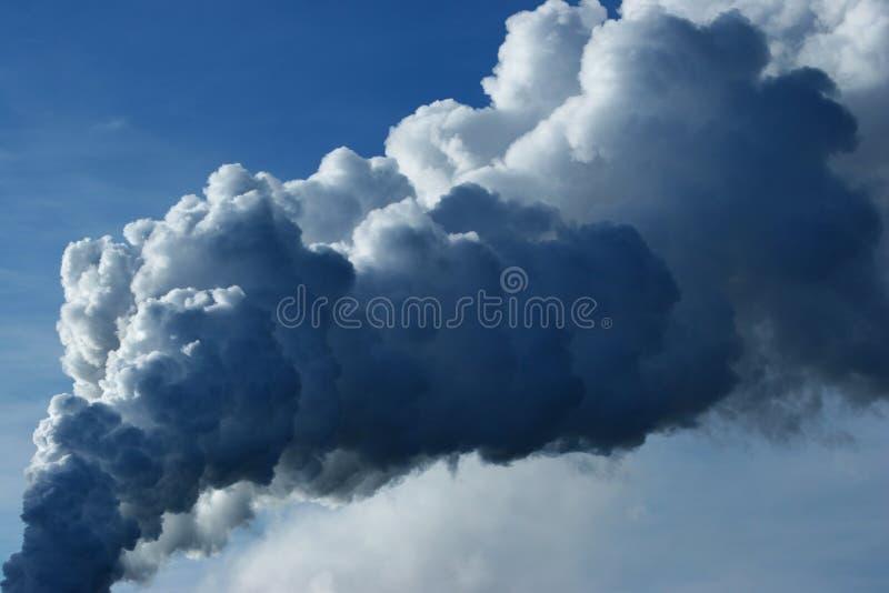 Rauchpfosten lizenzfreies stockfoto