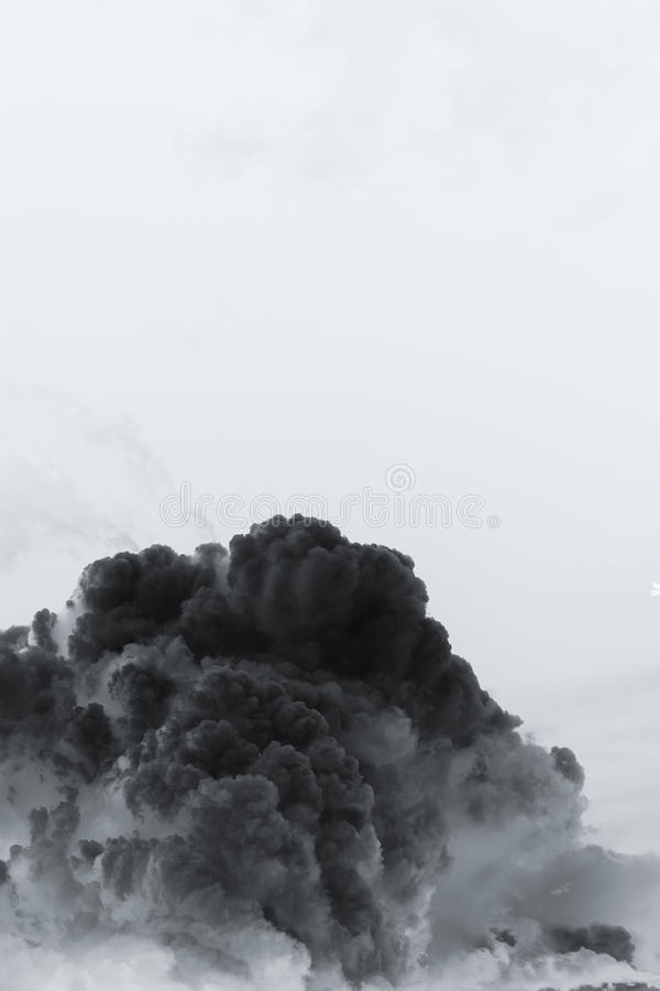 Rauchwolkenexplosion stockbild
