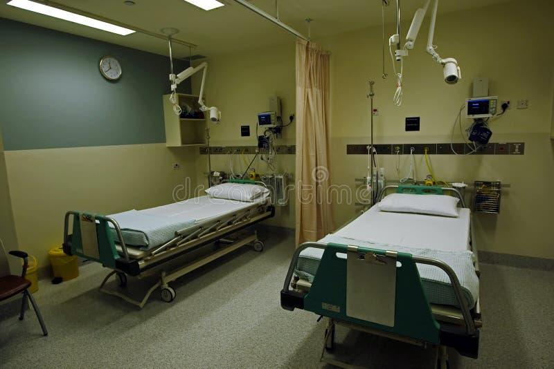 Raum des Krankenhauses lizenzfreie stockbilder