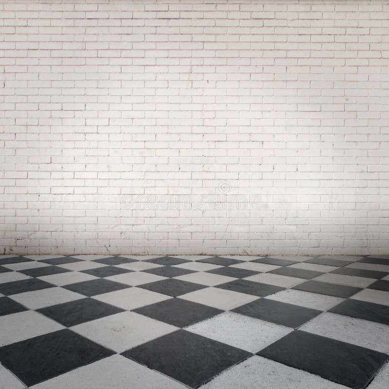 Raum mit Schachbrettboden stockfotografie