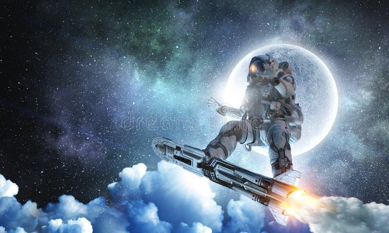 Raumfahrer auf Fliegenbrett Gemischte Medien lizenzfreie stockbilder