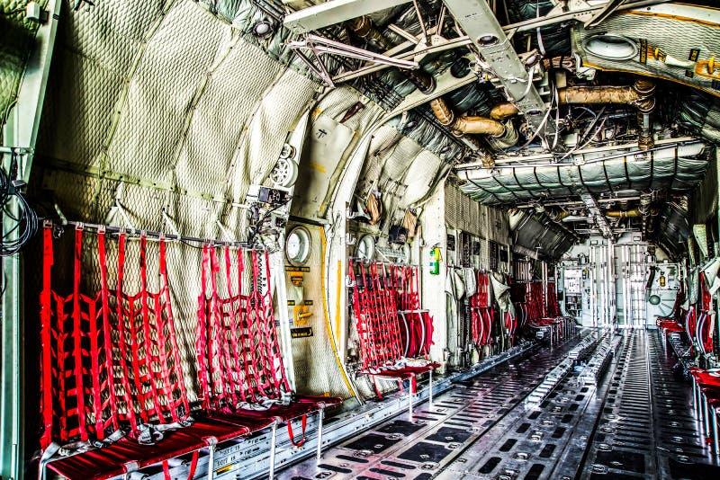 Raumflugzeuge der Fracht C130 stockbilder