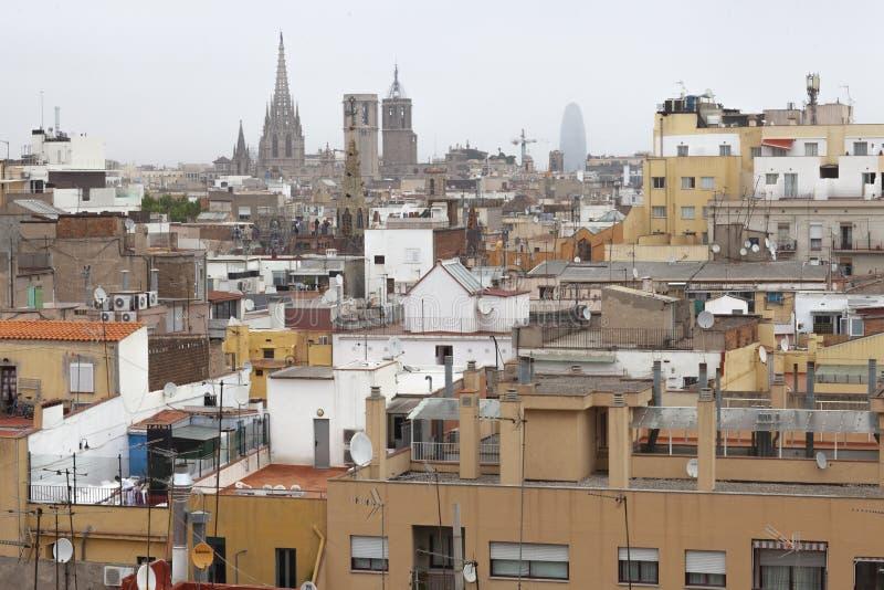 Raval,巴塞罗那,西班牙移民邻里屋顶  免版税库存照片