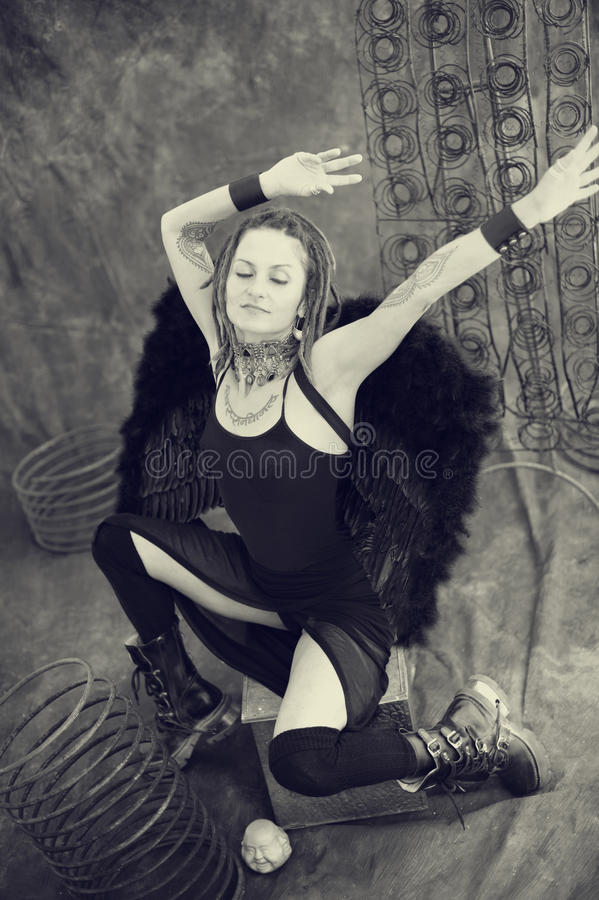 Download Raven Woman Royalty Free Stock Photography - Image: 16961067