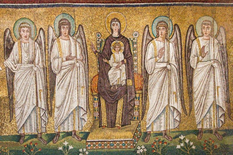 Ravenna, Itália - 7 de julho de 2016 - basílica de mosaicos de San Vitale imagens de stock royalty free
