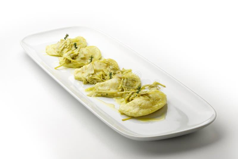 Ravioli πατατών που γεμίζεται με stews αστακών και βουλωμάτων αγκιναρών στοκ φωτογραφίες με δικαίωμα ελεύθερης χρήσης