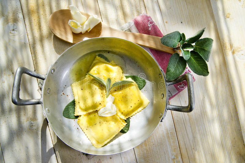 Download Ravioli With Butter And Sage Stock Image - Image: 34486125