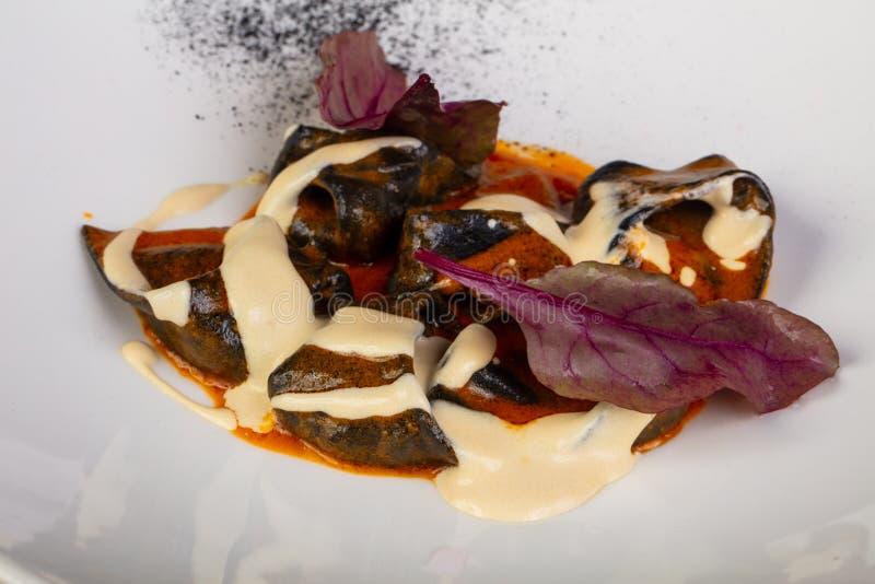 Ravioli med krabban fotografering för bildbyråer