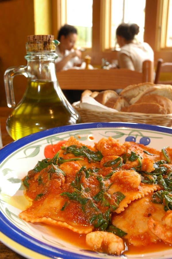 Ravioli met spinazie royalty-vrije stock afbeeldingen