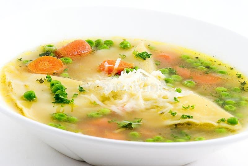 ravioli zupę. zdjęcia stock