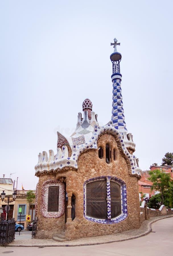 ravissez le pavillon du parc guell barcelone espagne image stock image du modernisme. Black Bedroom Furniture Sets. Home Design Ideas