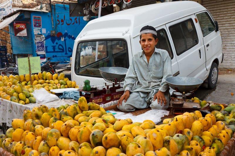 De Bazaar van de radja in Rawalpindi, Pakistan stock foto