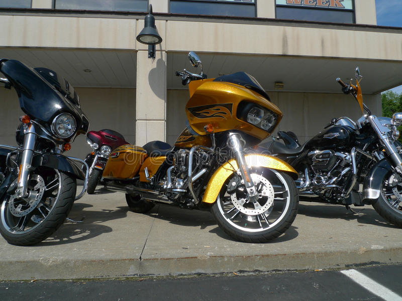 Rawhide Harley Davidson, Olathe, KS, μοτοσικλέτες στην επίδειξη για την πώληση στοκ εικόνες με δικαίωμα ελεύθερης χρήσης