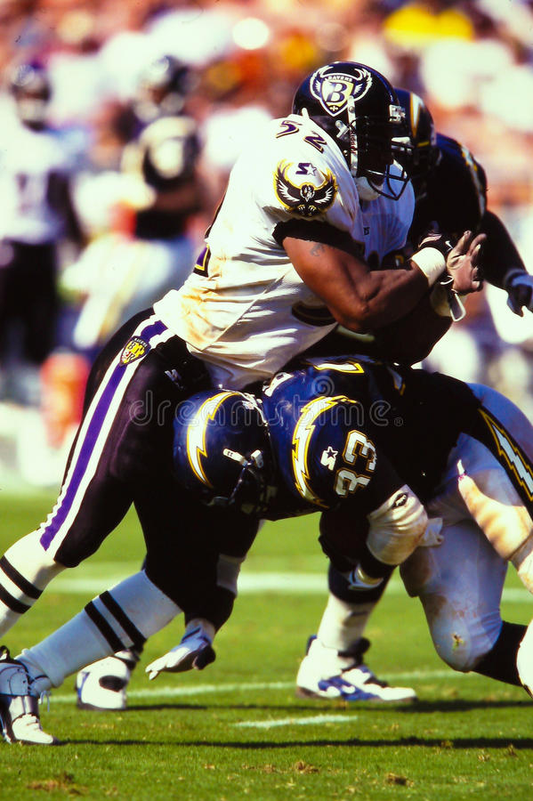 Download Ray Lewis Baltimore Ravens editorial stock image. Image of league - 27311369