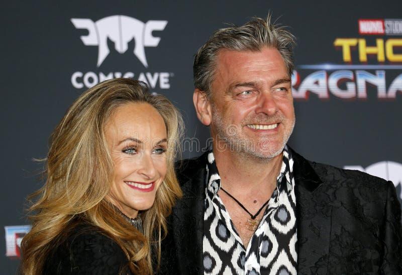 Ray Stevenson e Elisabetta Caraccia fotografia de stock royalty free