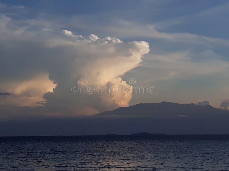 Ray von Wolken stockfotografie