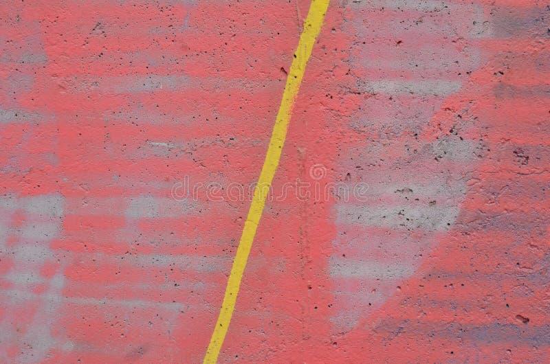 Raya amarilla en rosa imagenes de archivo