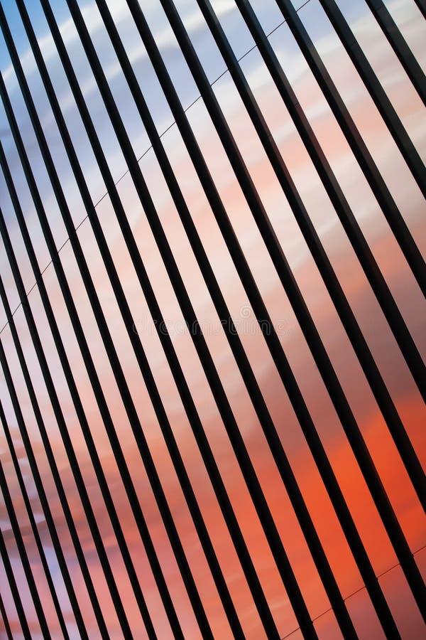Rayas coloridas abstractas del metal imagen de archivo libre de regalías